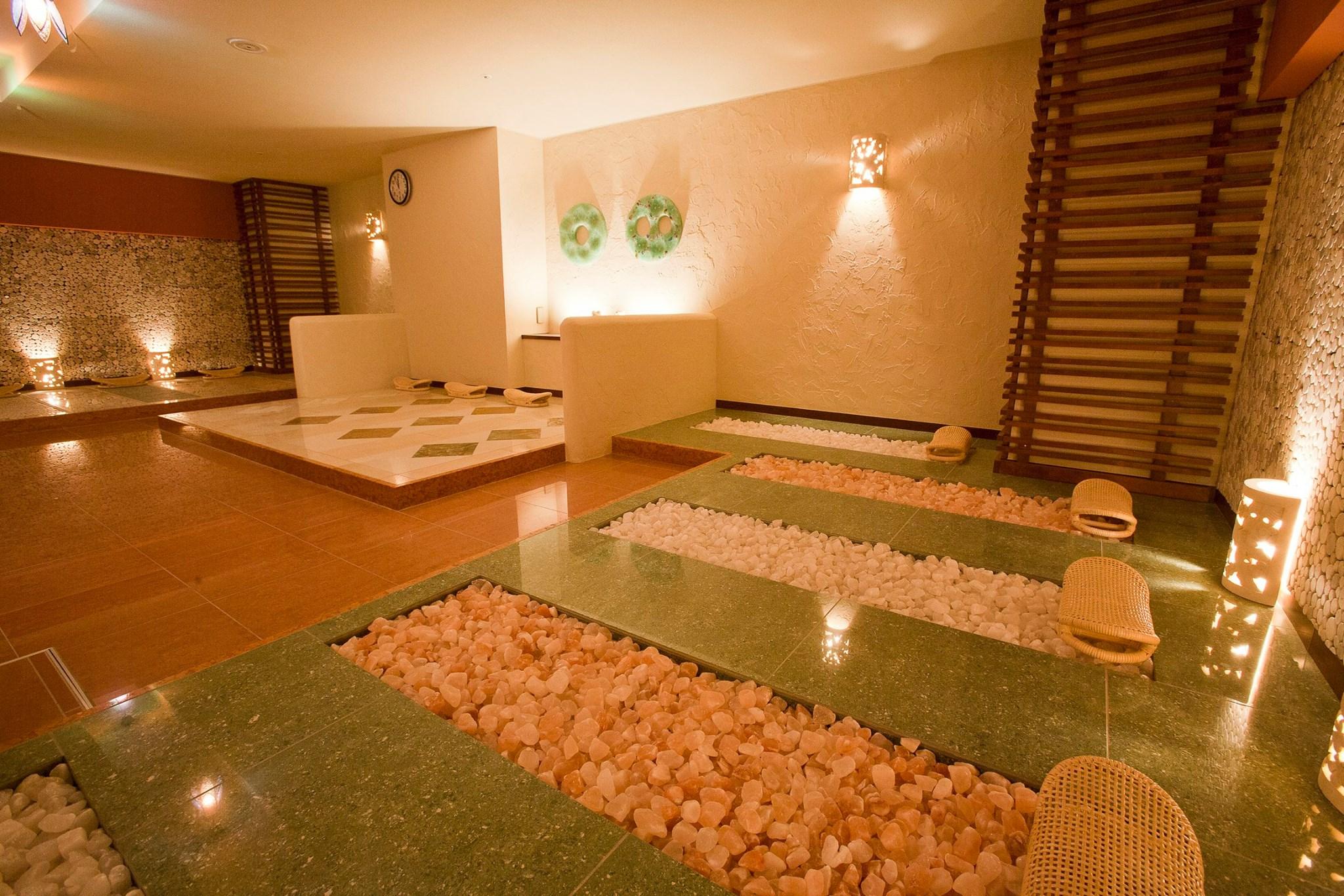 岩盤浴を札幌で!カップルにおすすめの個室やホテルに安い所もあり!