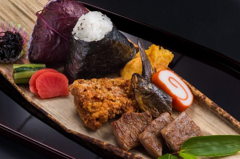 新宿で駅弁を買うなら?駅構内の駅弁屋の場所や人気の弁当を紹介!
