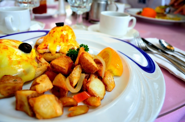 ハウツリーラナイ!エッグベネディクトの朝食が人気!予約やメニューまとめ!