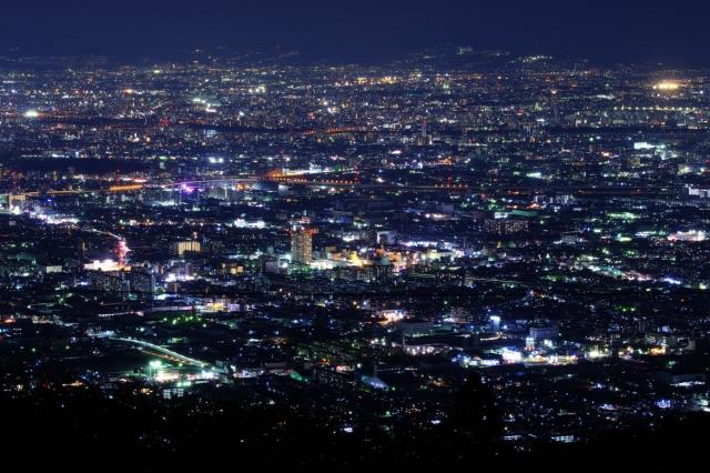 信貴生駒スカイラインは夜景の絶景スポット!通行料金無料区間もある?