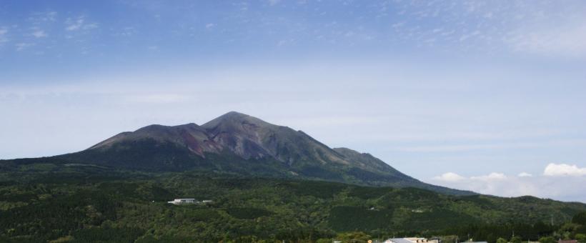 高千穂峰は登山初心者でもOK!おすすめのルート・アクセスや服装などご紹介!