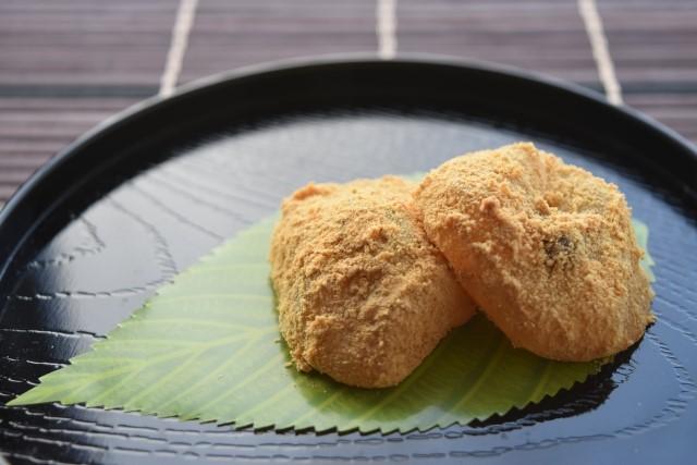 山形の「腰掛庵」の人気メニューはわらび餅!値段や営業時間は?