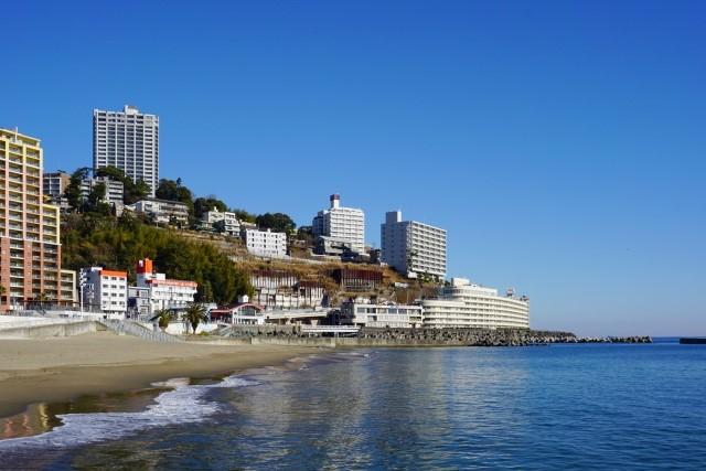 熱海サンビーチで夏を満喫!海の家やランチスポットなどおすすめを紹介!