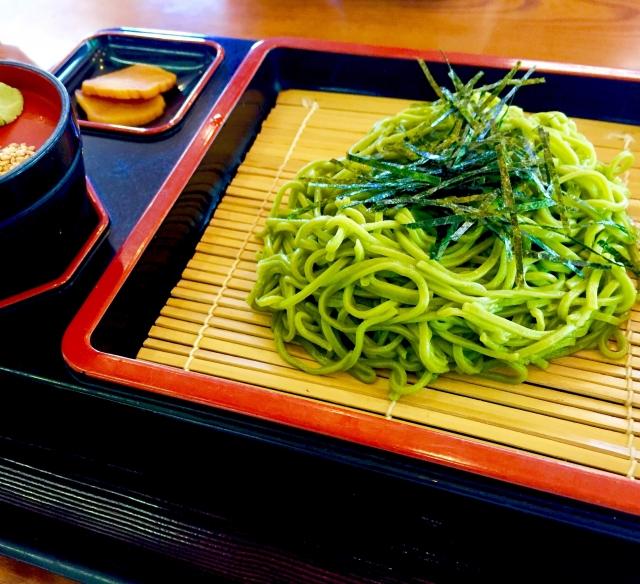 釧路のそばは緑色!その理由やおすすめの美味しい名店も紹介!