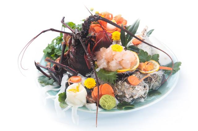 とびっちょは江ノ島の人気店!おすすめメニューのしらす丼は食べるべき