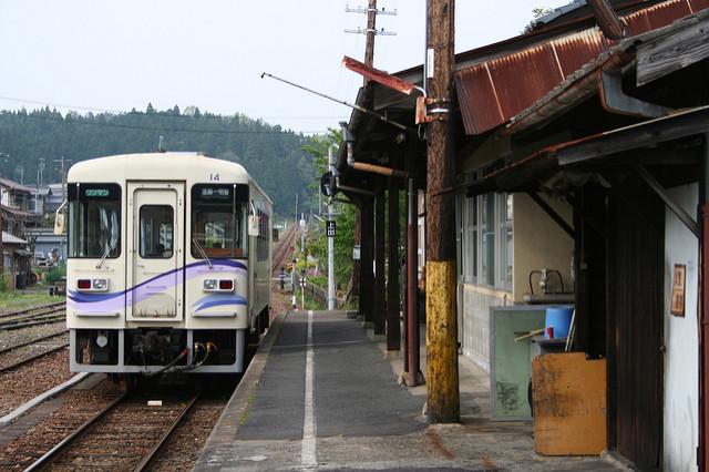 明知鉄道のグルメ列車で料理と景色を満喫!日本大正村など観光スポットも訪問