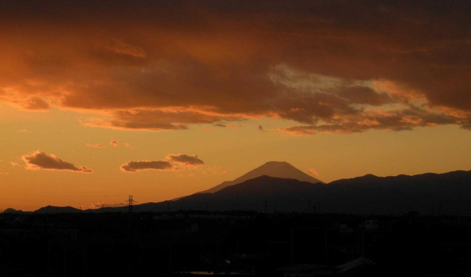 原岡海岸は美しい景色が広がる絶景スポット!ダイヤモンド富士も撮影できる?