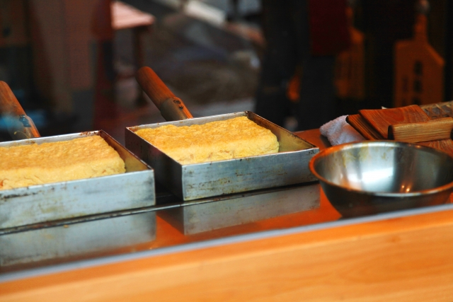 築地で人気の卵焼き!おすすめ名店や食べ歩きできる人気の7店舗を紹介
