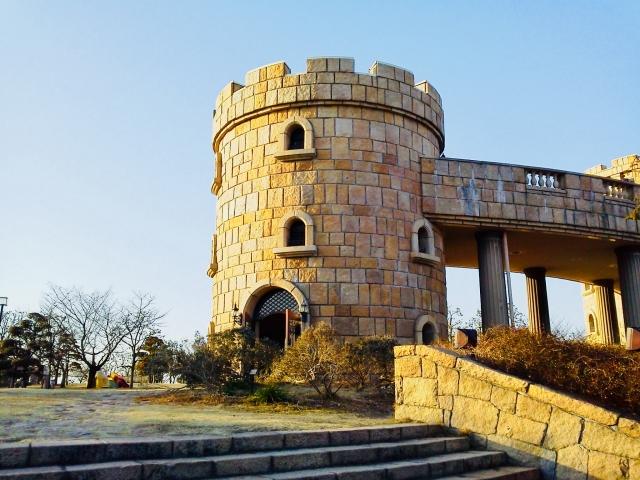 愛媛の松山総合公園は子供連れにおすすめ!遊具や展望台など見所いっぱい!