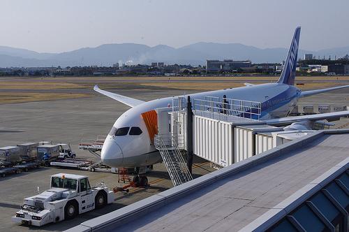 松山空港駐車場特集!料金の安い穴場や無料の送迎サービス付きもあり!