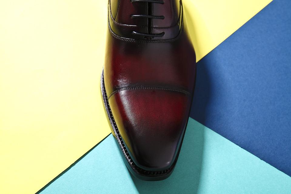 革靴の磨き方にはコツがあった!簡単な方法・裏技やプロ必須の道具は?