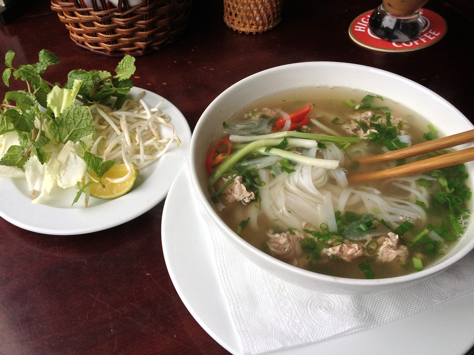 コムゴンは口コミで話題のベトナム料理店!おすすめメニューや店舗の場所は?