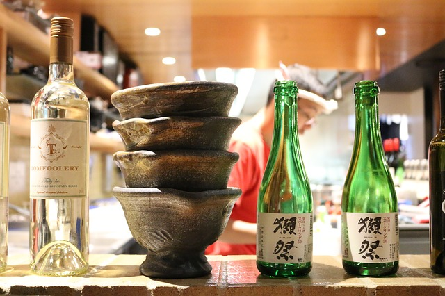 三宮で昼飲みができるバル・居酒屋17選!おしゃれなお店や安いスポットも紹介