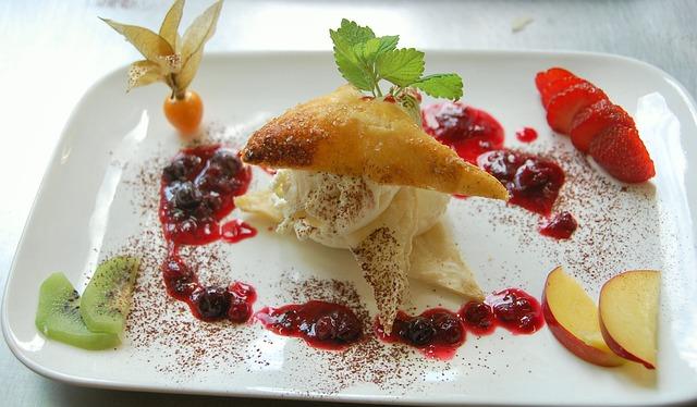 花の妖精(熱海)は海を臨む人気カフェ!パフェなどおすすめメニュー紹介
