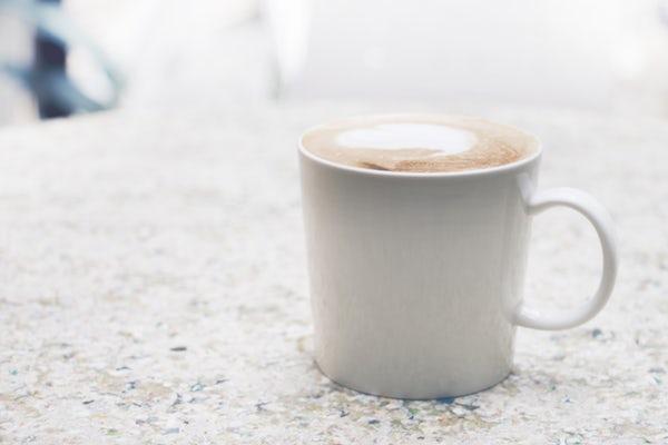 豆香洞コーヒーで本格的な味や香りを堪能!自家焙煎珈琲店の人気メニューは?