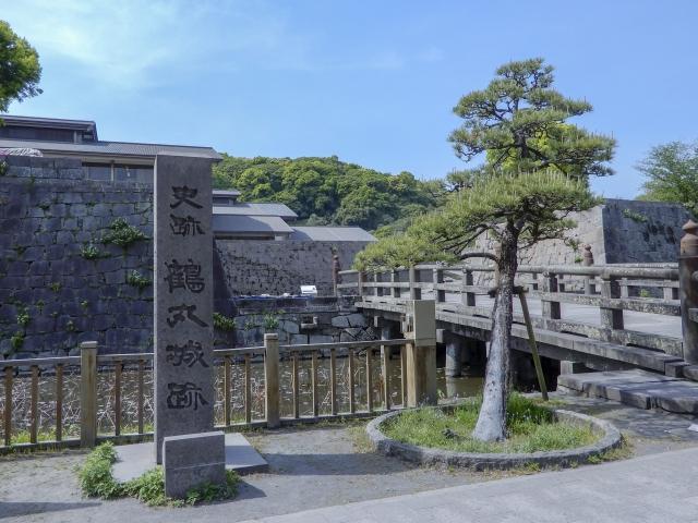 鹿児島城(鶴丸城)の見どころやアクセスは?駐車場や周囲の観光スポットも紹介