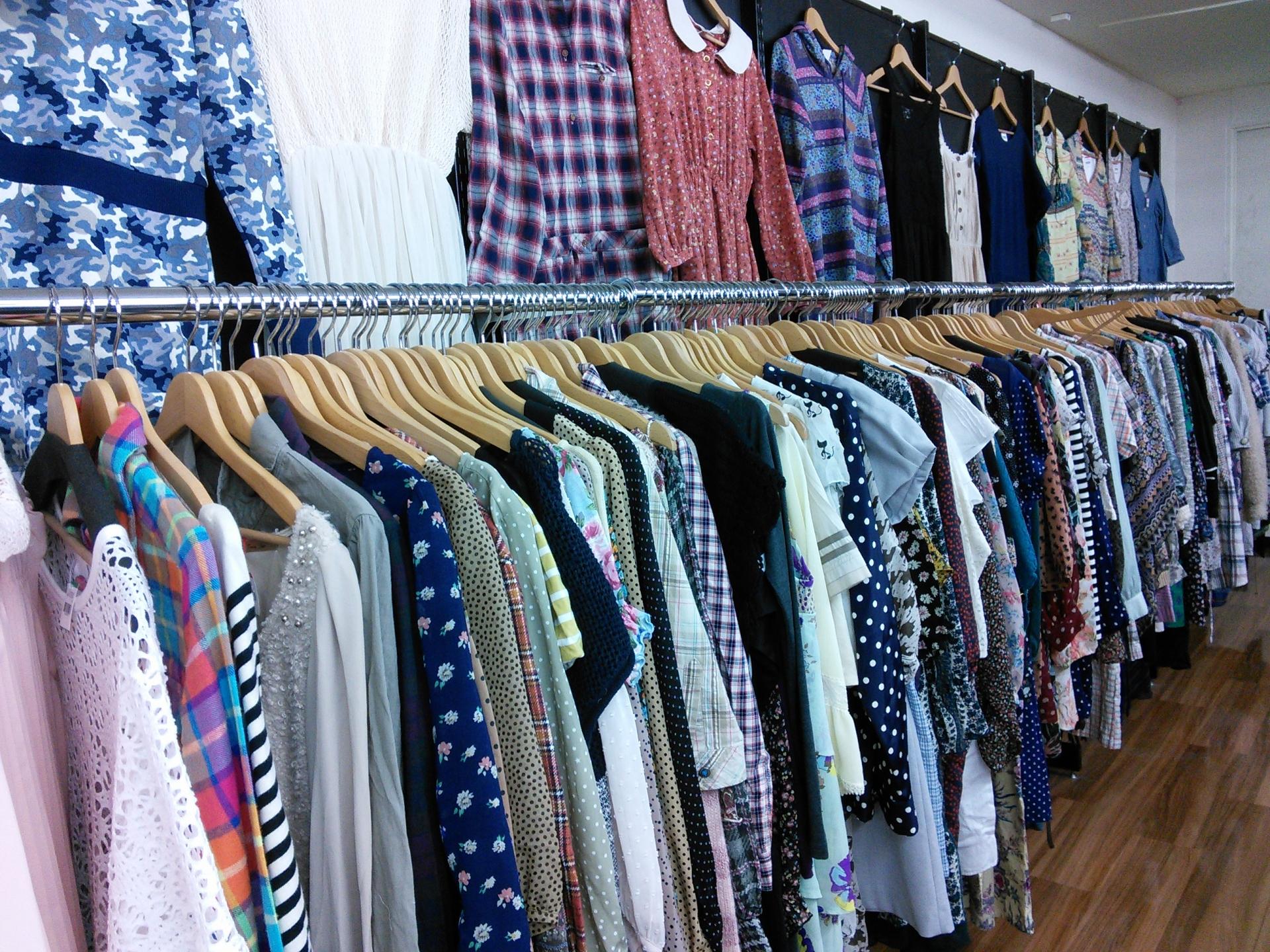 沖縄のおすすめ古着屋19選!アメカジ専門店やおしゃれなヴィンテージショップも