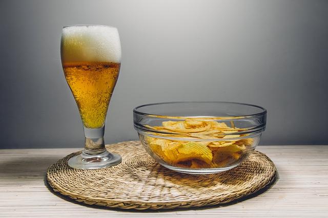 有楽町の昼飲みできる居酒屋25選!おしゃれで安いお店やガード下の名店など!
