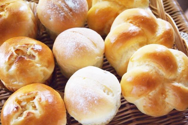 ポワンタージュは芸能人も訪れるパン屋さん!シュークリームも美味しいと評判!