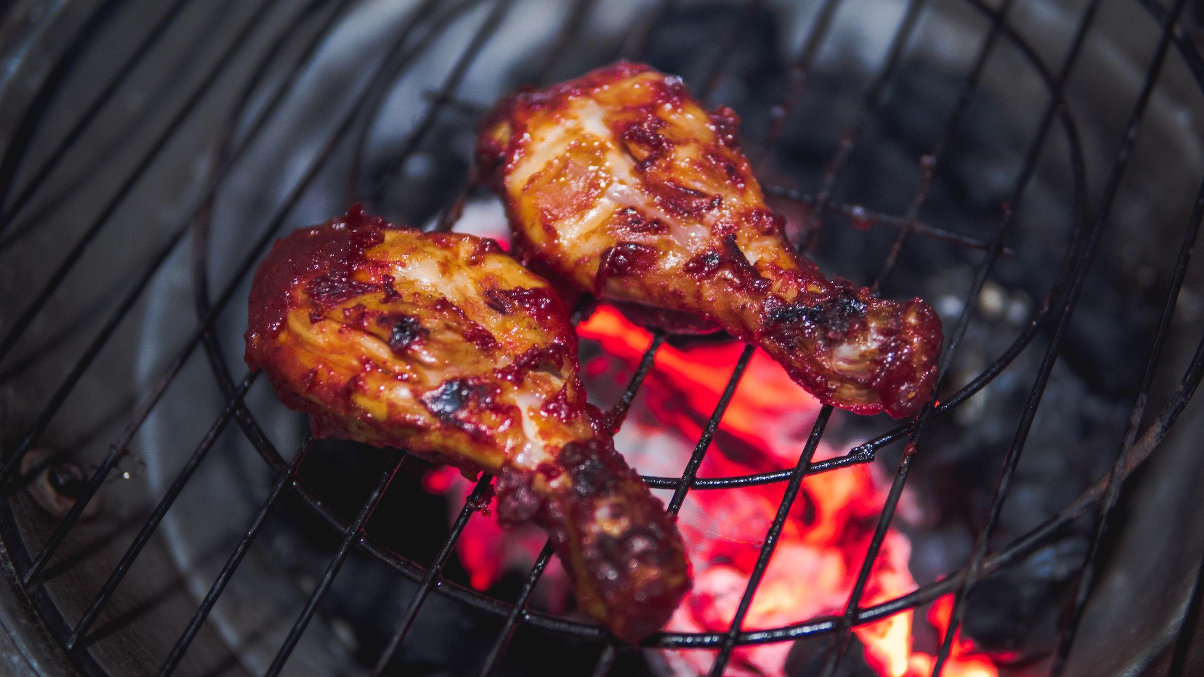 東千歳バーベキューでジューシーな鶏肉を堪能!リピーター続出の人気の秘密は?