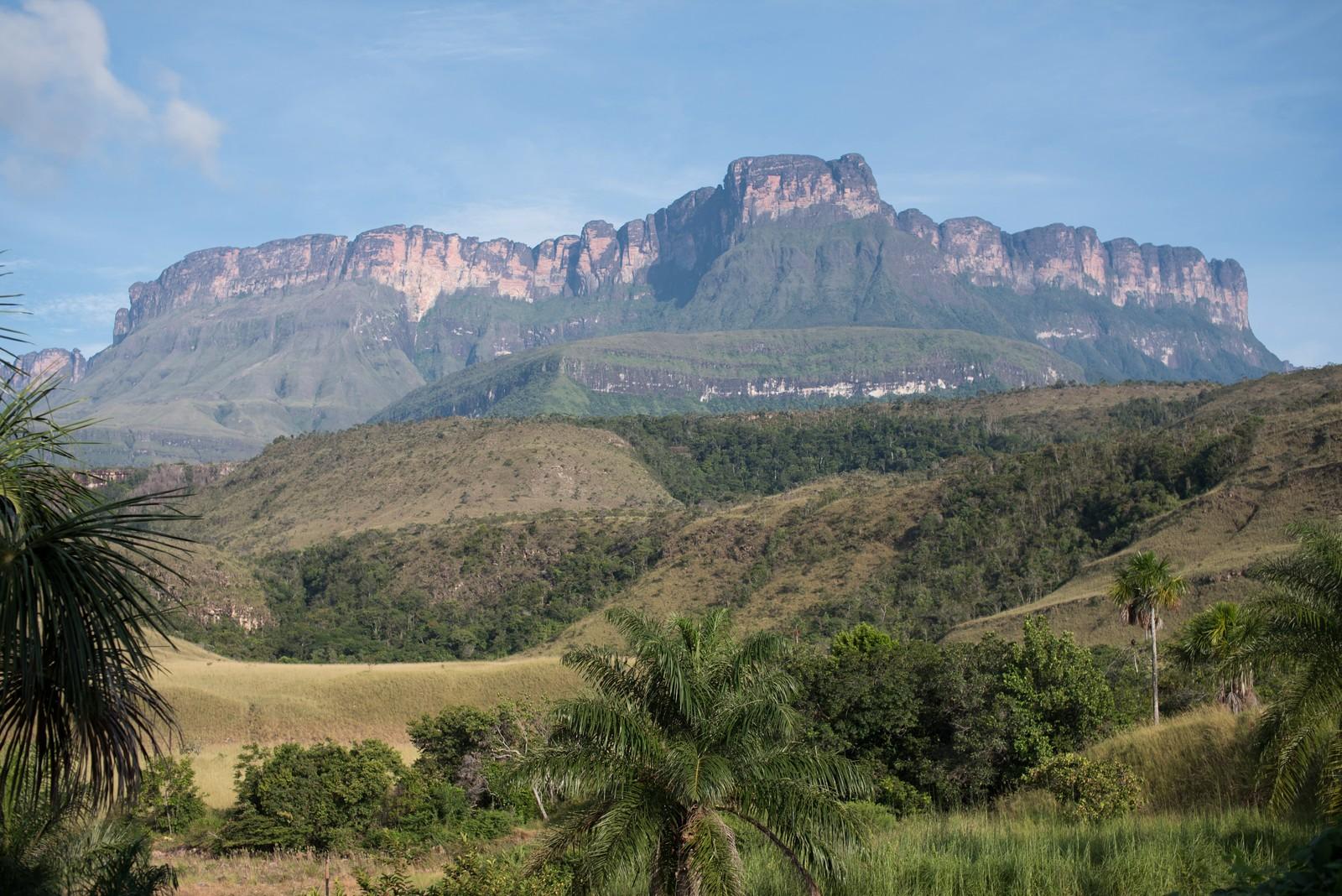 ロライマ山はコナン・ドイルの小説でも有名な絶景スポット!行き方もご紹介!