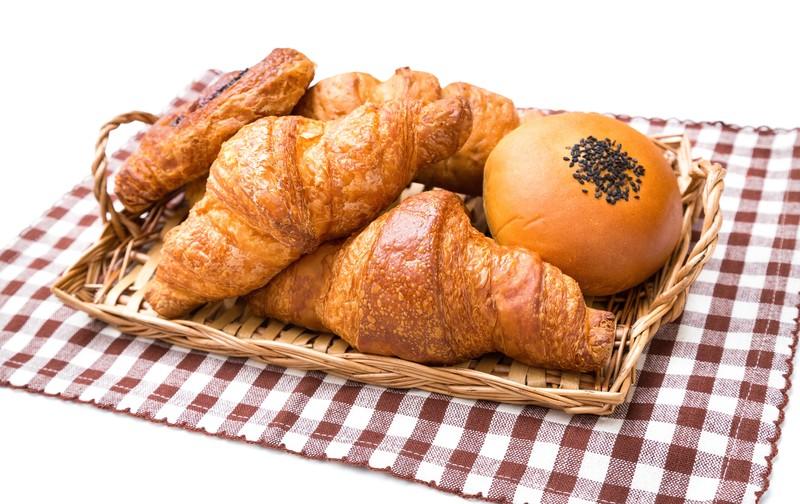 シロヤベーカリー小倉店はオムレットが人気のお店!賞味期限や値段もご紹介!