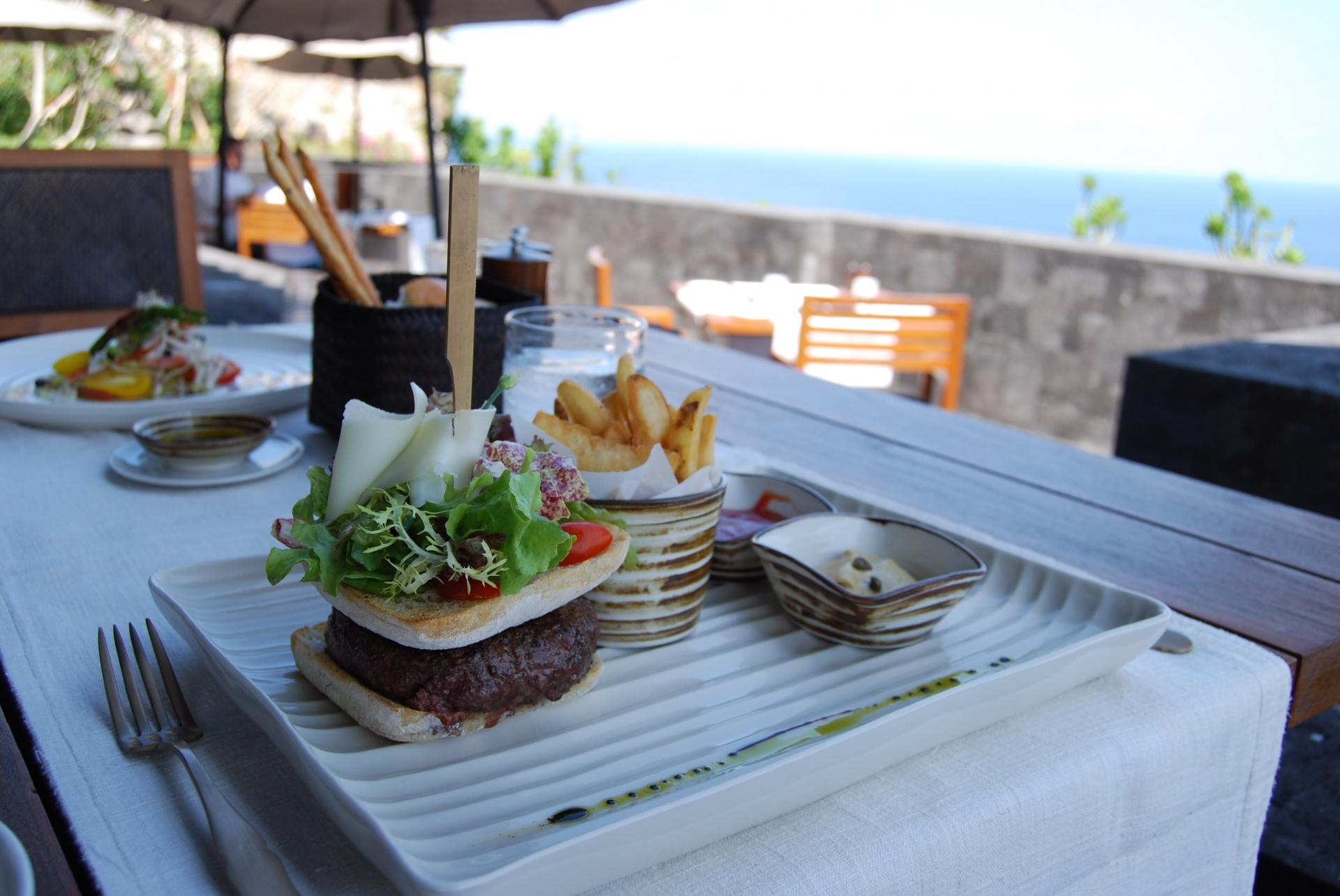 サザンビーチカフェでモーニング・ランチを楽しもう!人気メニューは?