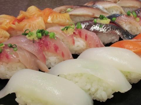 くら寿司のお持ち帰りメニューが大人気!注文の仕方や予約方法は?