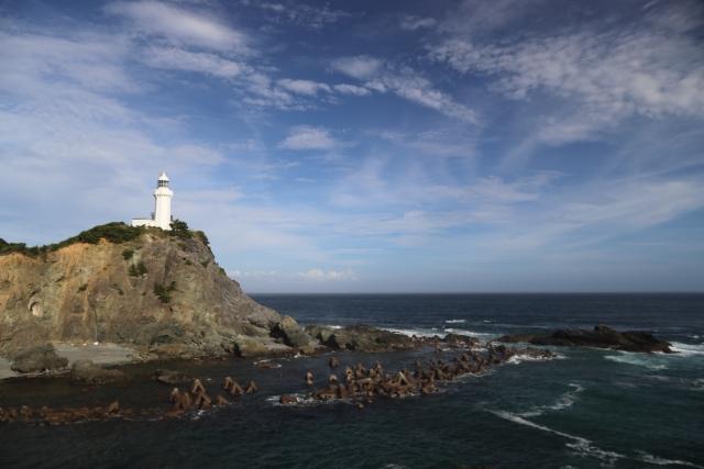 野島崎灯台は千葉にある絶景スポット!白いベンチや星空など魅力満載