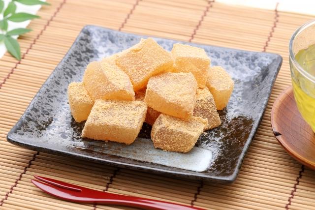 鎌倉のわらび餅は絶品!人気の「こ寿々」などおすすめ店をご紹介!