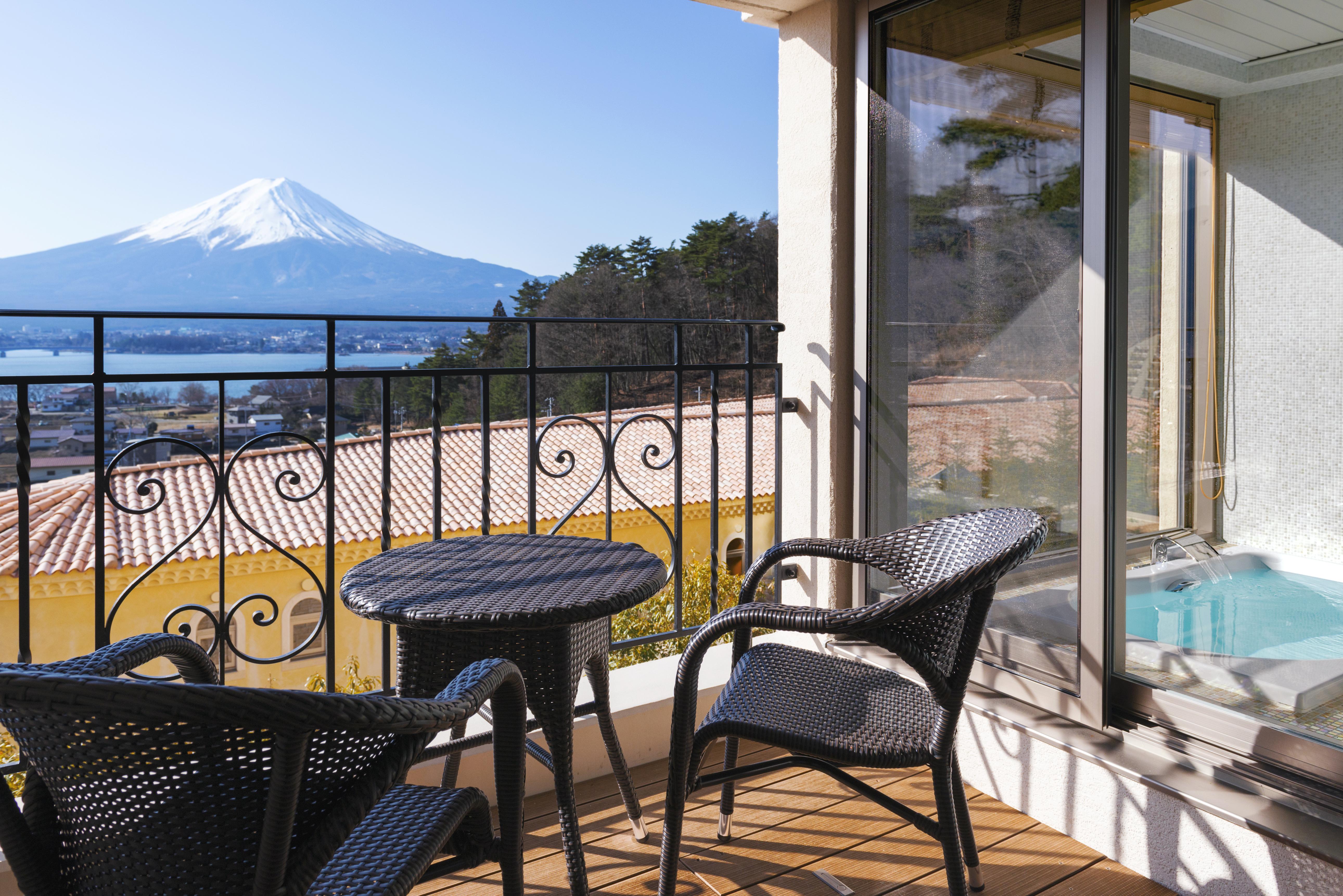富士山を独り占め!極上の癒し・「ラビスタ富士河口湖」とは?