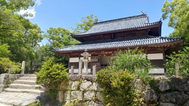 観世音寺は大宰府のおすすめ観光スポット!仏像・御朱印など見どころ紹介!