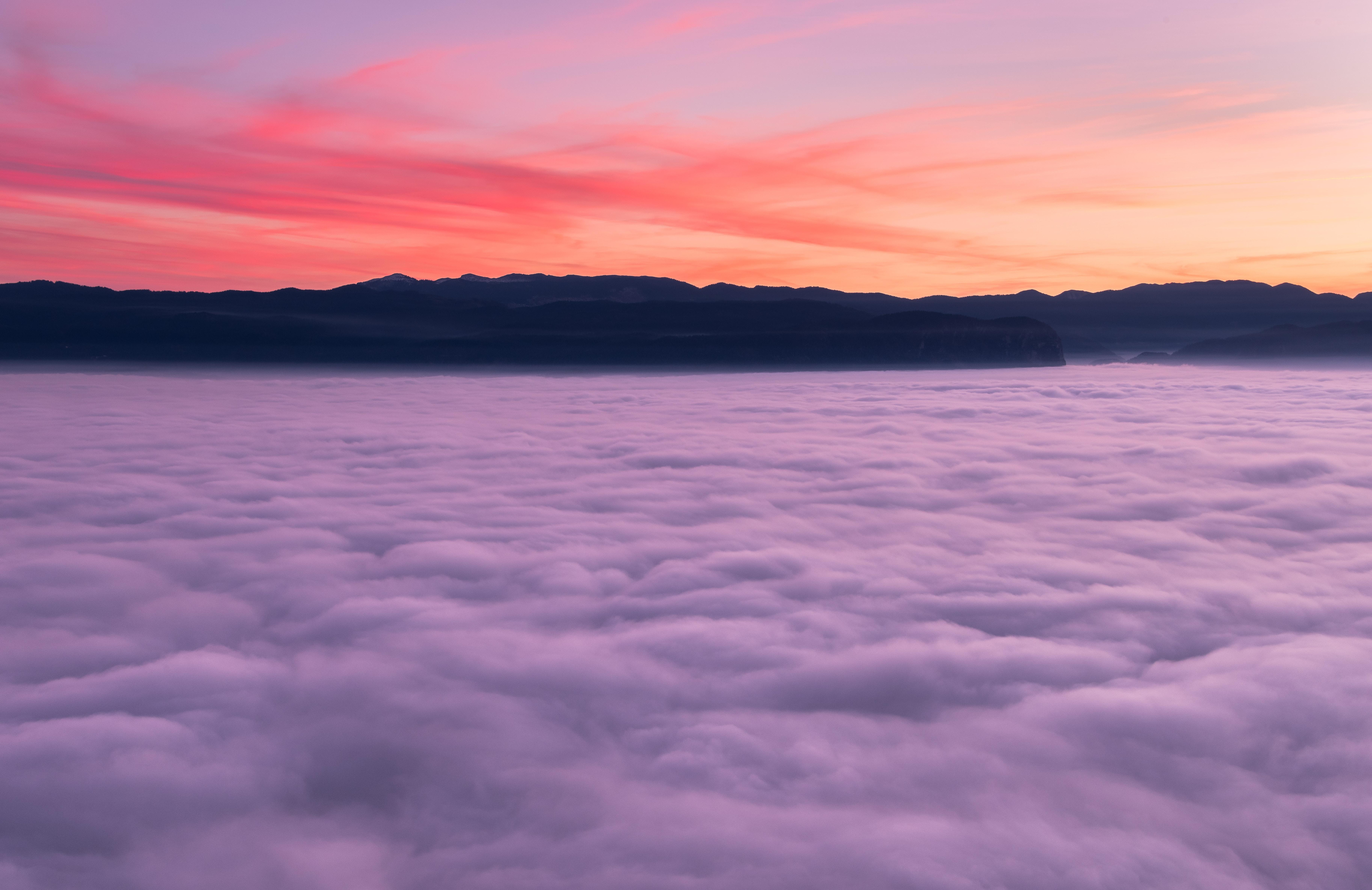 枝折峠は雲海・滝雲を眺められる新潟の絶景スポット!アクセス・駐車場は?