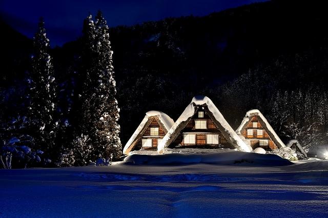 白川郷の冬景色を堪能できるおすすめ観光スポットまとめ!ライトアップ情報も!