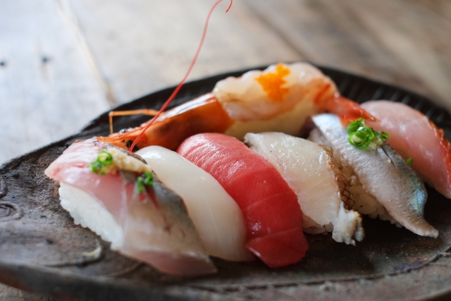 新千歳空港の美味しいお寿司屋さんまとめ!穴場の立ち食い寿司は食べてみたい!
