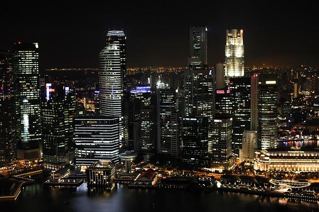シンガポールのチップ事情!タクシーやホテルで渡す必要はナシ?