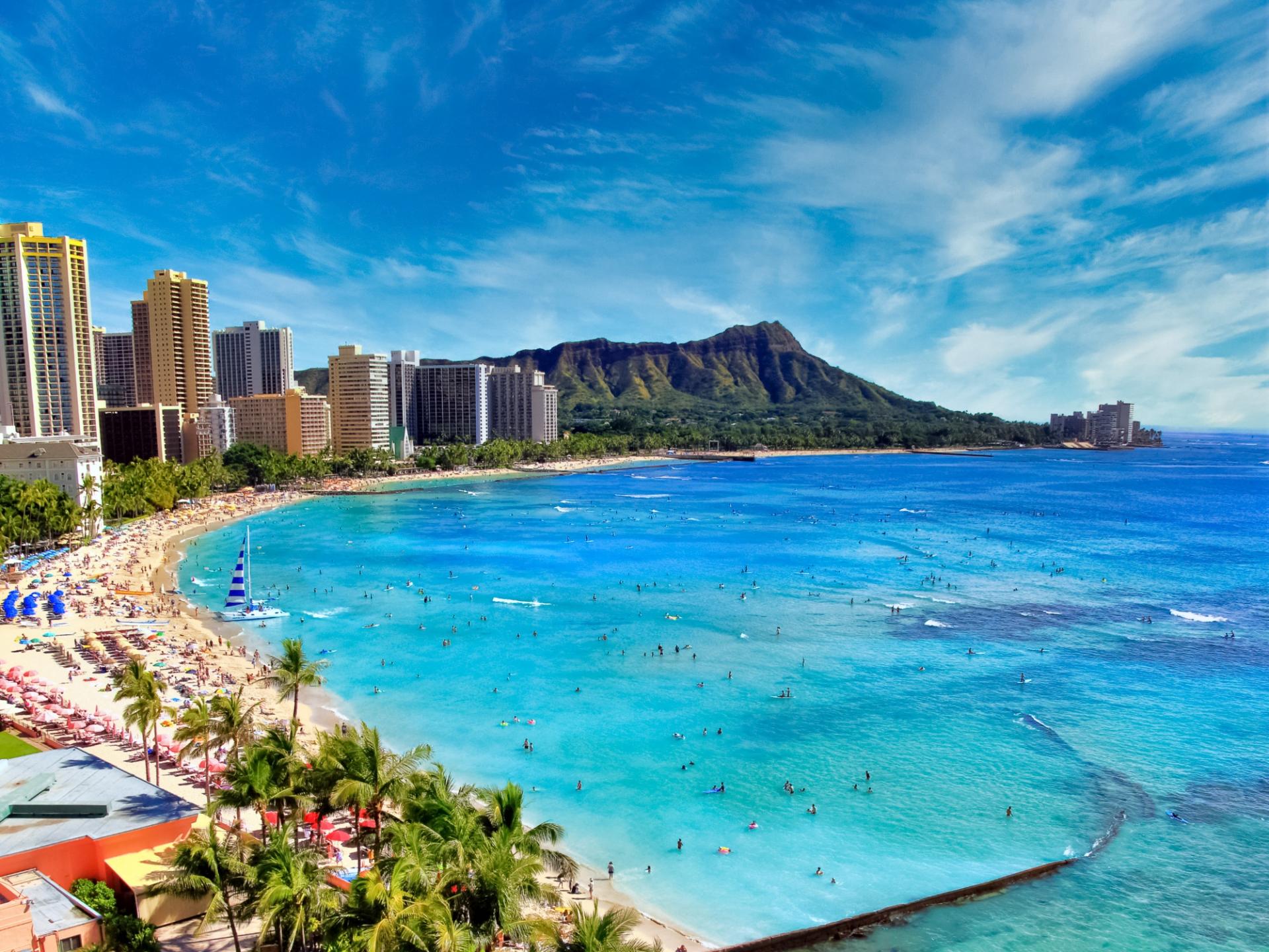 ハワイの10月の気温や気候をチェック!おすすめの服装コーデもご紹介!