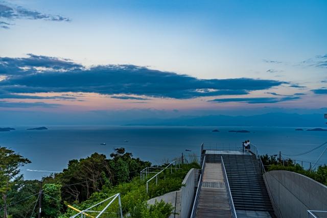 亀老山展望公園は愛媛で人気のヒルクライムスポット!絶景・夕日も魅力的!
