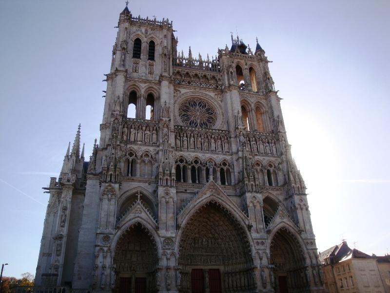 フランス「アミアン」のおすすめ観光スポット紹介!世界遺産である大聖堂もご紹介