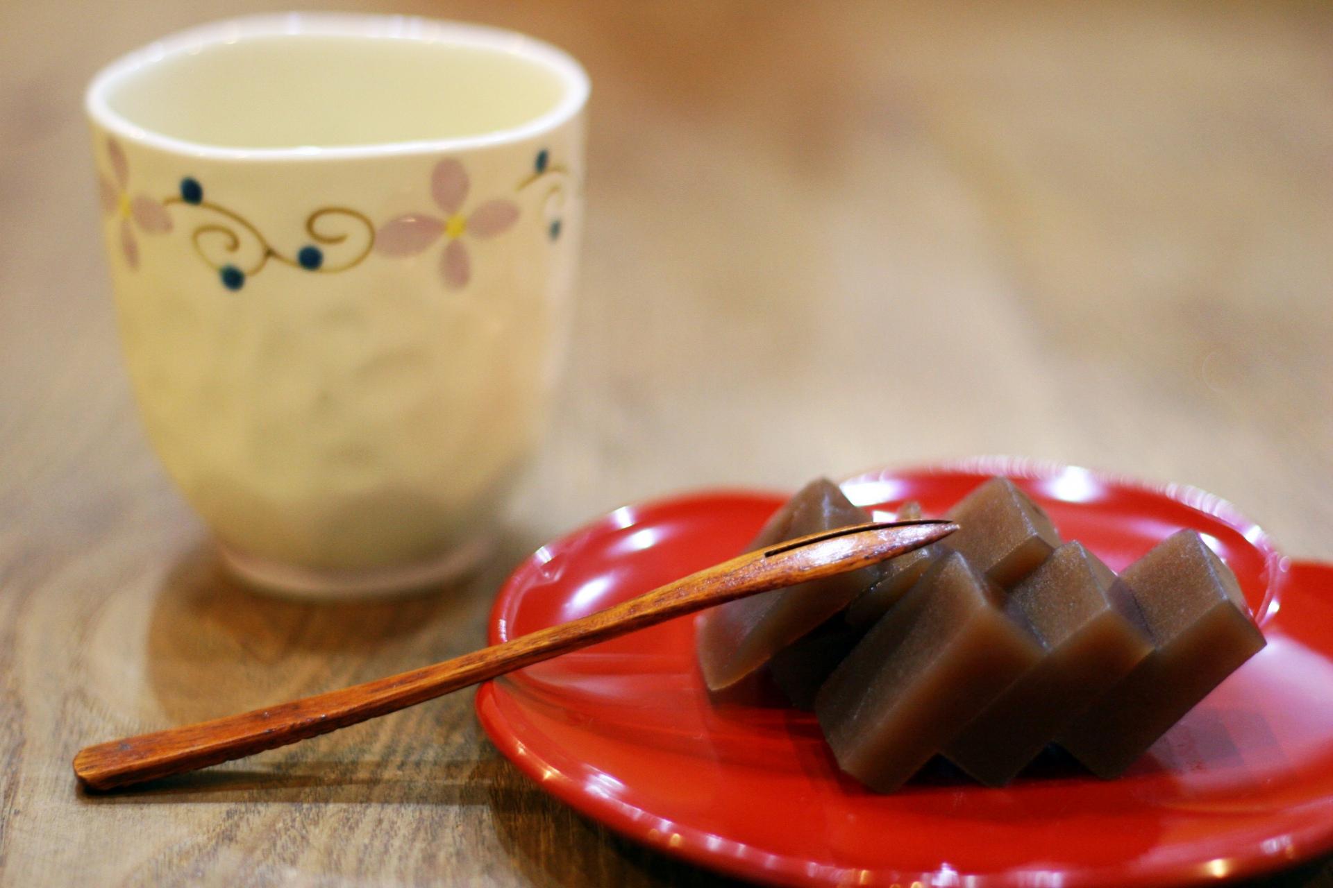 鯨ようかんは宮崎の名物銘菓!お土産に人気のお菓子の販売店もチェック!