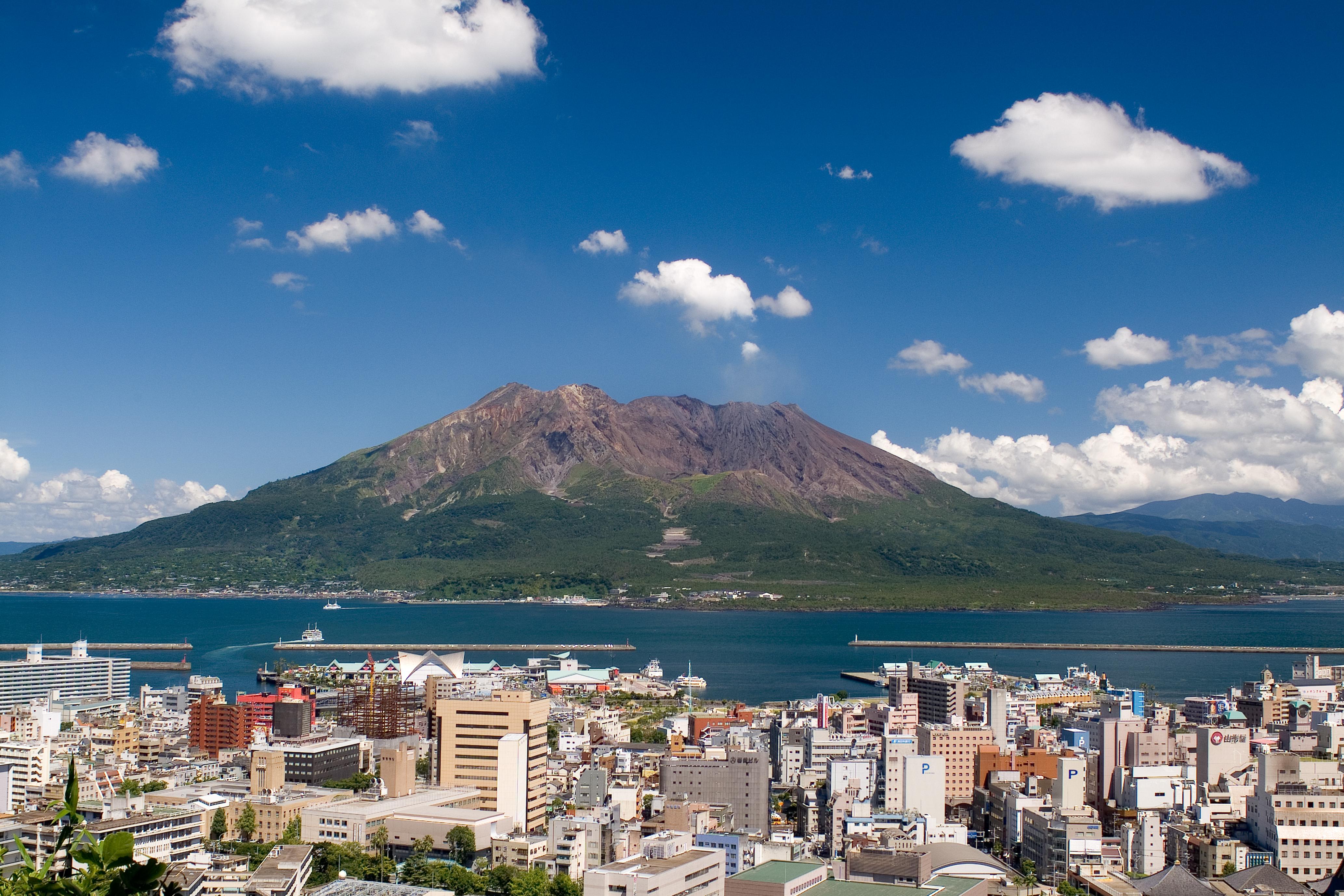鹿児島市観光ナビおすすめ!絶品グルメから人気観光スポットまで一挙にご紹介!