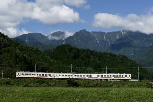 JR飯田線で秘境駅巡り!上諏訪から豊橋までの車窓の旅は見所満載!