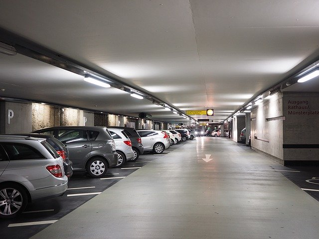 富士急ハイランドの駐車場情報まとめ!営業時間や料金・周辺のパーキングも!