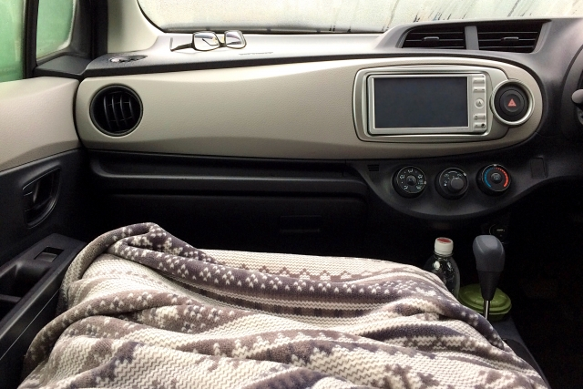 ソリオを車中泊仕様にする方法は?便利グッズや自作アレンジ法をチェック!