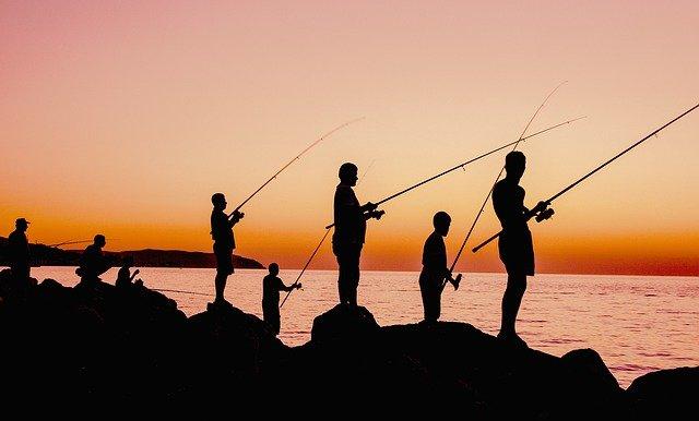 大蔵海岸は明石で人気の釣りスポット!釣れる場所やヒットする魚は?