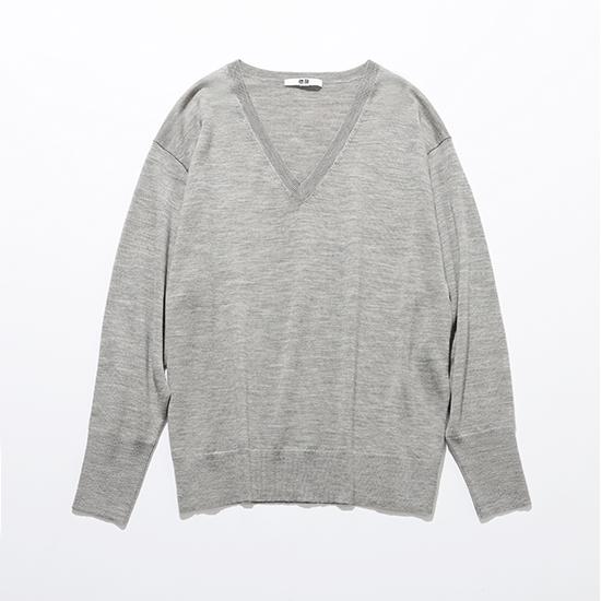 エクストラファインメリノリラックスフィットVネックセーター