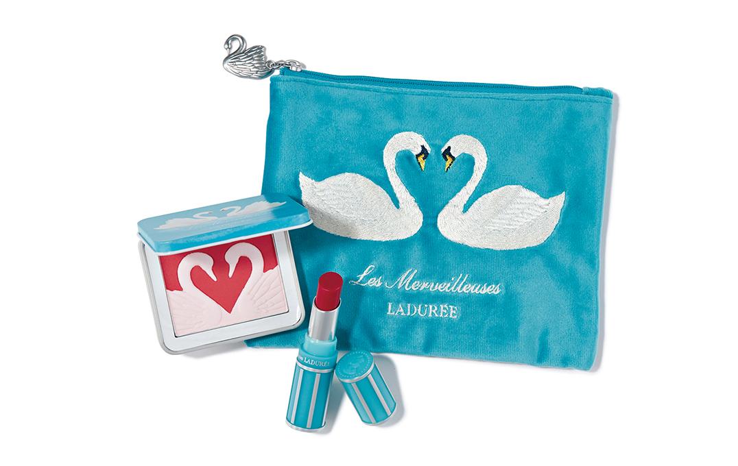 【クリスマスコフレ】レ・メルヴェイユーズ ラデュレの白鳥コスメは恋のお守りに♡