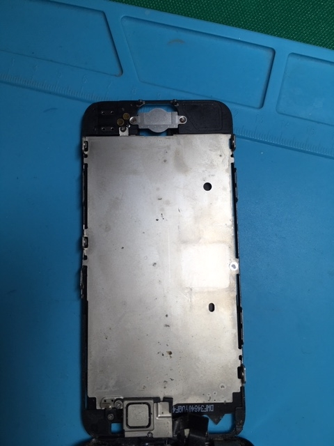 【修理事例】iphone5内部清掃①