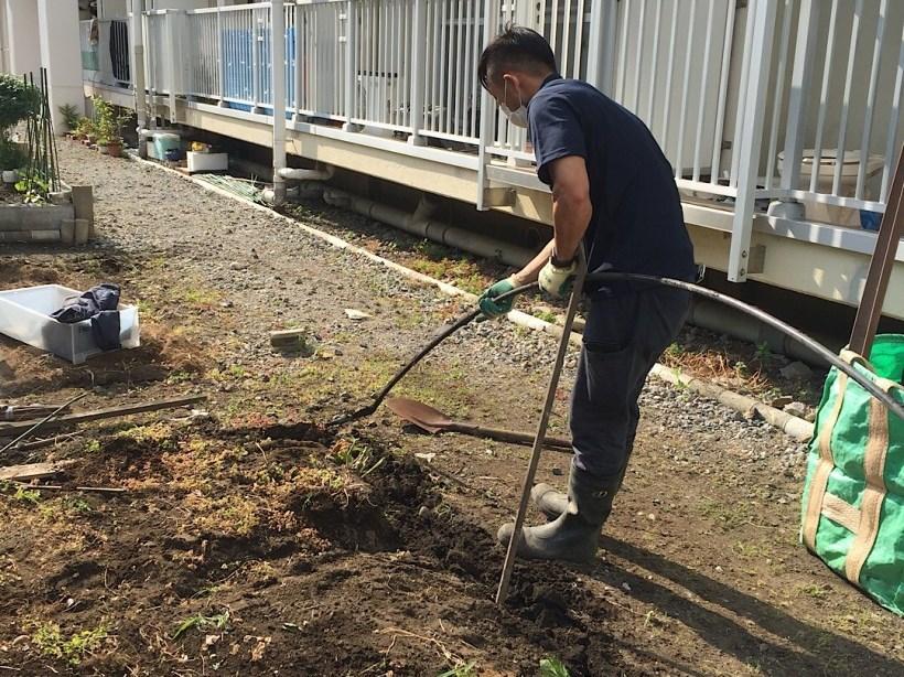 【便利サービス事例】庭の解体(更地戻し)残置物の撤去
