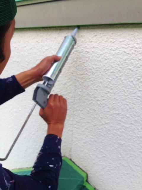 壁ひび割れコーキング修理